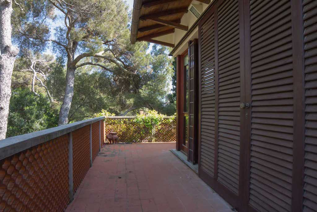 Castiglioncello 100 m from the sea, 120 sqm, independent with garden