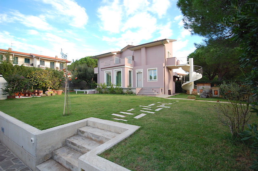 Castiglioncello, Tuscany, elegant with large garden