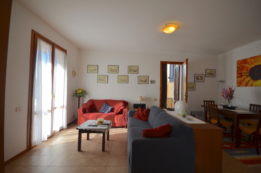 Castiglioncello, Tuscany, first floor flat, two double bedrooms